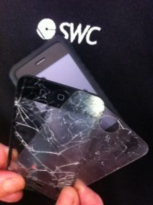 $20 Gecko cover saved the iPhone